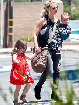 Freddie Prinze Jr And Sarah Michelle Gellar Son