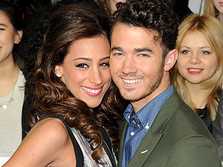 Kevin and Danielle Jonas Expecting First Child
