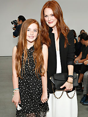 Julianne Moore Daughter Liv Fashion Week Reed Krakoff