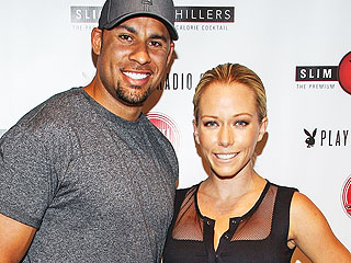 Kendra Wilkinson 'Feels Like Such a Fool' About Hank Baskett's Alleged Cheating