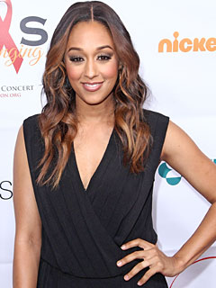 Tia Mowry-Hardict Halloween Instant Mom