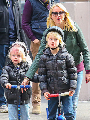 Naomi Watts Son Kai Pink Hair
