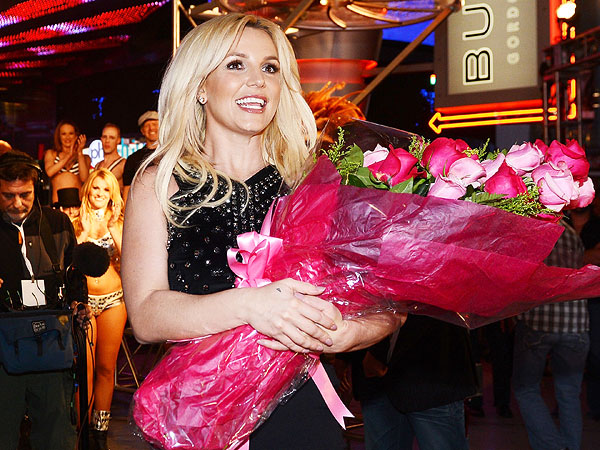 Britney Spears in Las Vegas: The Show Begins!