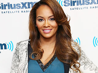 Check Out Evelyn Lozada's HUGE Engagement Ring from Carl Crawford