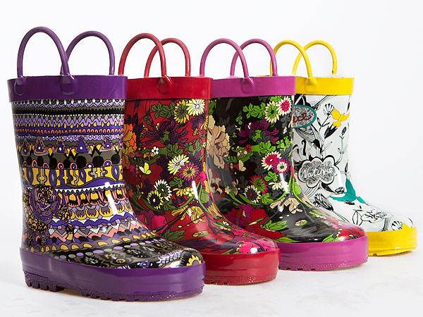So Cute! Sakroots Debuts Adorable Kids Rubber Boots – Moms ...