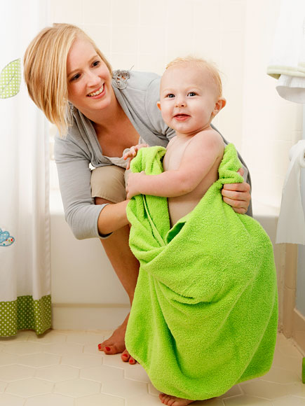 5 Ways to Keep Your Baby's Skin Soft This Winter