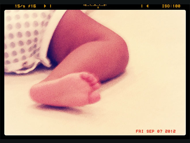 HAPPY FOOT photo | Beyonce Knowles