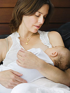 Amanda Cole's Breastfeeding Tips Yummy Mummy