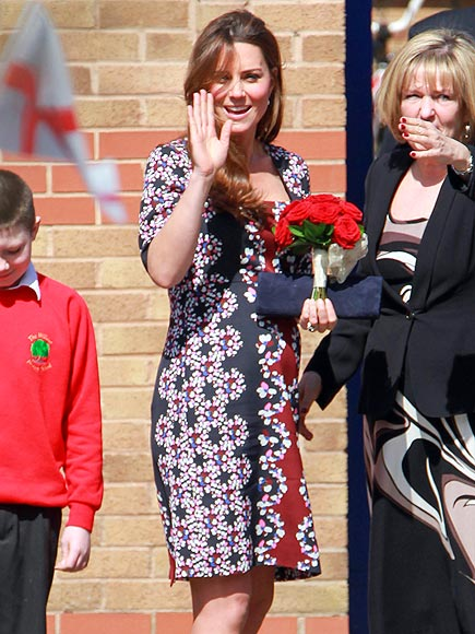 FLOWER POWER photo | Kate Middleton