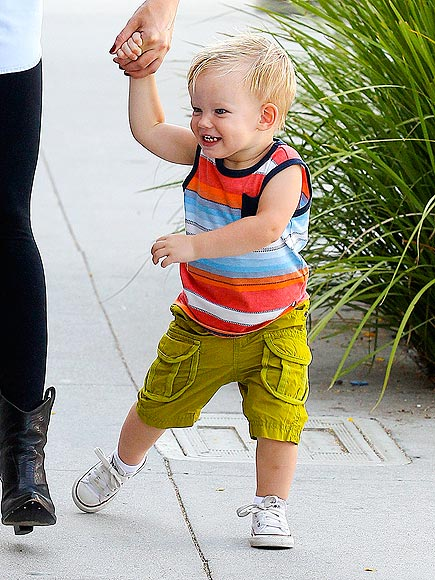 LUCA COMRIE photo | Hilary Duff