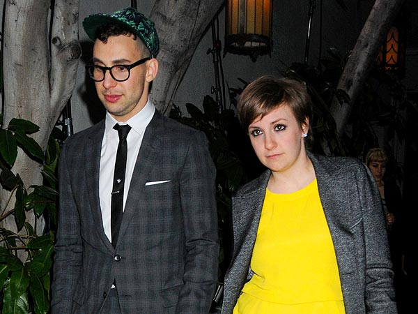 Lena Dunham Sings Along with Boyfriend Jack Antonoff's Band in Boston