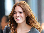Mandy Moore & Minka Kelly Have a Makeup-Free Brunch in West Hollywood | Mandy Moore, Minka Kelly