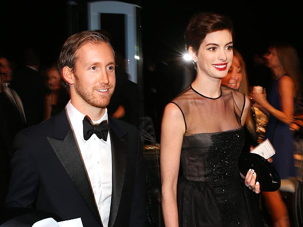 Anne Hathaway Says She 'Met A Lot of Bad Ones' Before Meeting Her Husband