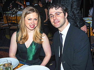 PHOTO: Chelsea Clinton & Husband Glow at Charity Event in N.Y.C. | Chelsea Clinton, Marc Mezvinsky