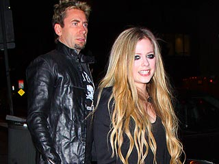 Chad Kroeger Rocks Out at Fianc&#233;e Avril Lavigne&#39;s Secret Show | Avril Lavigne