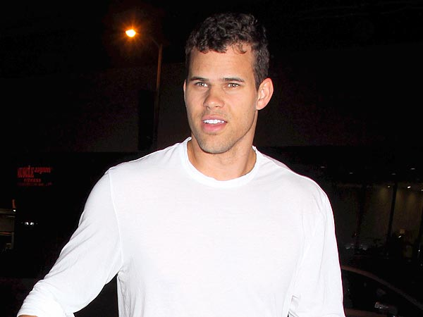 Kris Humphries Swarmed By Female Fans in Miami