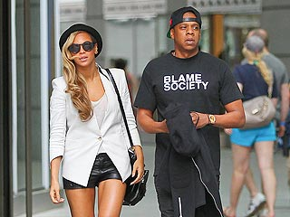 Beyoncé & Jay Z's Day in Boston: Champagne & Shopping Sans Blue Ivy | Beyonce Knowles, Jay-Z