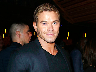Kellan Lutz Brushes Off Lady Attention at Lollapalooza Event | Kellan Lutz