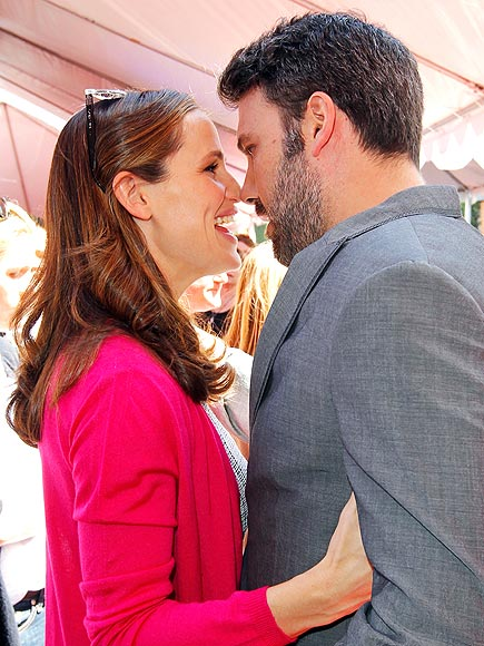 CLOSE ENCOUNTER photo | Ben Affleck, Jennifer Garner