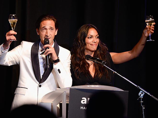 COCKTAIL HOUR photo | Adrien Brody, Rosario Dawson