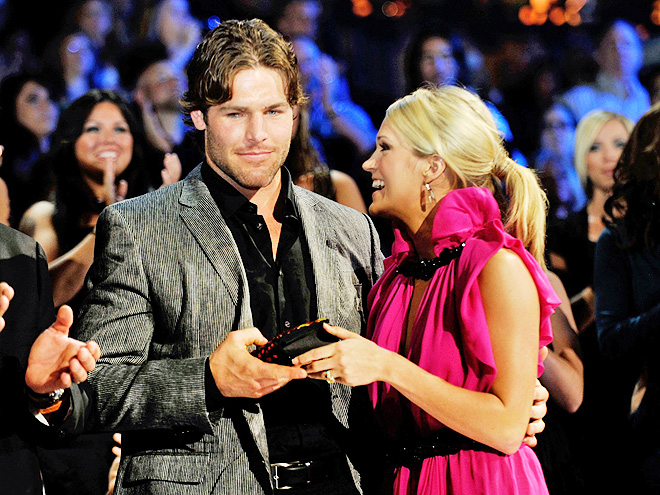 photo | Carrie Underwood, Mike Fisher