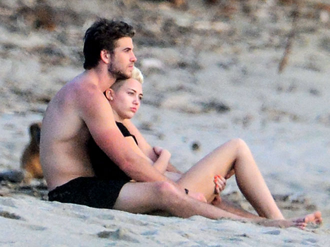 photo | Liam Hemsworth, Miley Cyrus