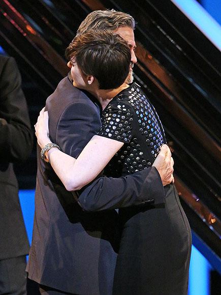 photo   Anne Hathaway, George Clooney