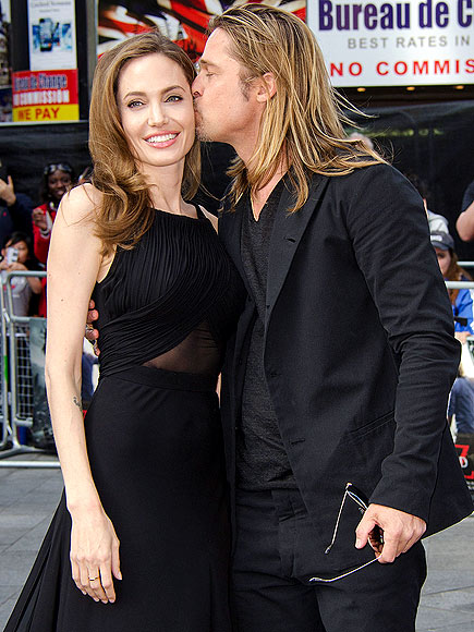AFFECTIONATE ARRIVAL photo | Angelina Jolie, Brad Pitt