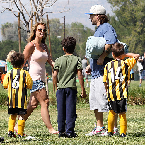 BRITNEY & KEVIN photo | Britney Spears