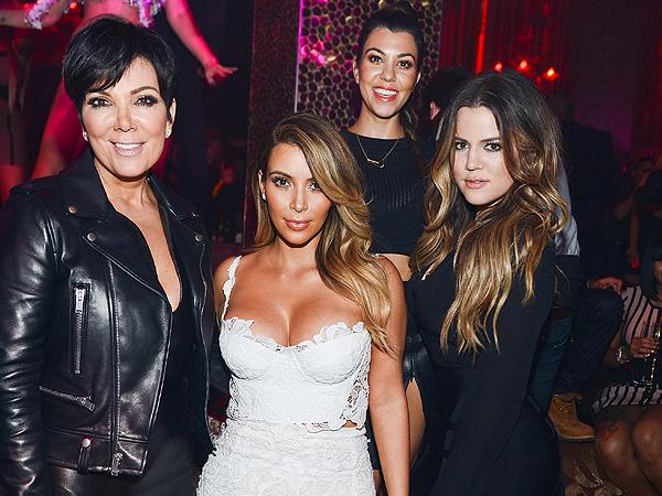 Go Inside Kim Kardashian's Vegas Birthday Bash| Kanye West, Khloe Kardashian, Kim Kardashian, Kris Jenner, Scott Disick