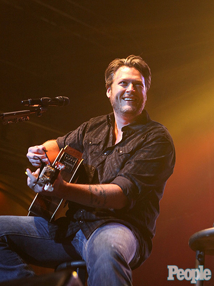 BLAKE SHELTON photo | Blake Shelton