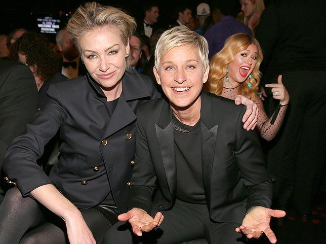 KELLY CLARKSON photo | Ellen DeGeneres, Kelly Clarkson