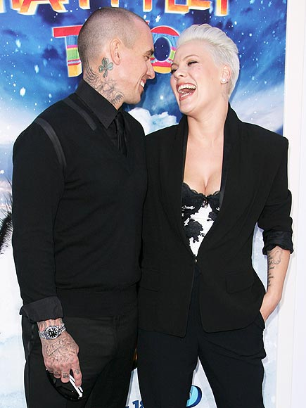 I FEEL SEXIEST WHEN … photo | Carey Hart, Pink
