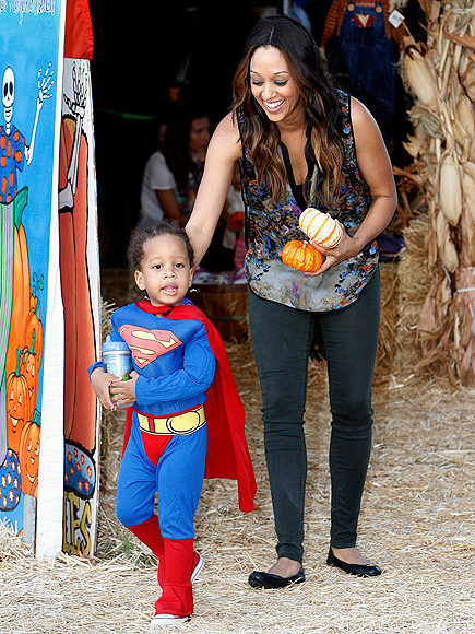 SUPER CUTE photo | Tia Mowry
