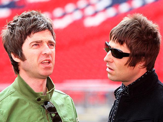 LIAM & NOEL GALLAGHER photo | Liam Gallagher, Noel Gallagher
