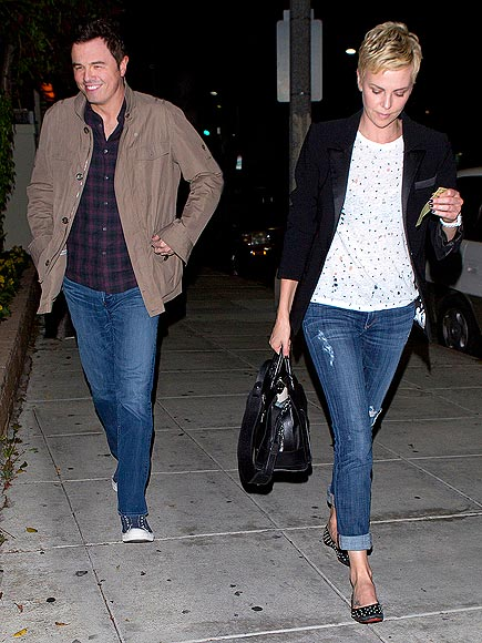 CHARLIZE & SETH photo | Charlize Theron, Seth MacFarlane