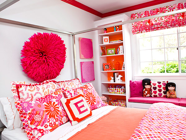 10 stunning ways to decorate your child 39 s room great for How to decorate a red bedroom