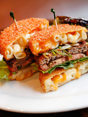 Mac Attack Mac n Cheese Burger