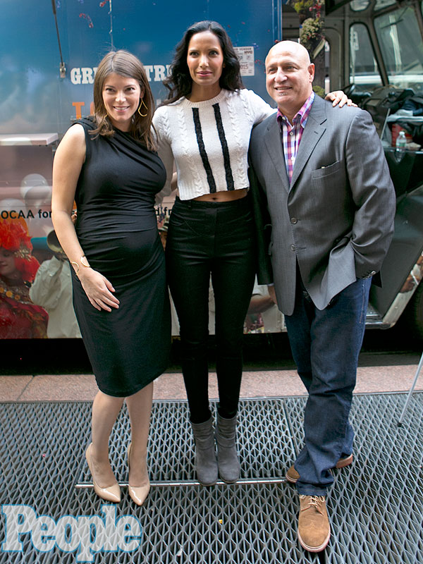 Photo of Gail Simmons & her friend celebrity  Tom Colicchio -