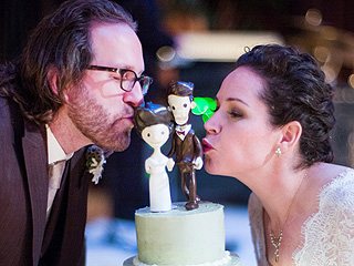 On Top Chef Stephanie Izard's Wedding Menu: Chocolate Cheez-Its Cake