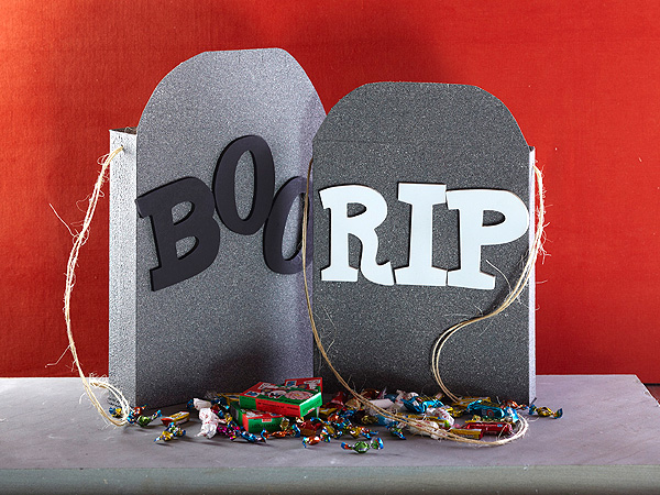 Halloween Craft: Tombstone Treat Boxes