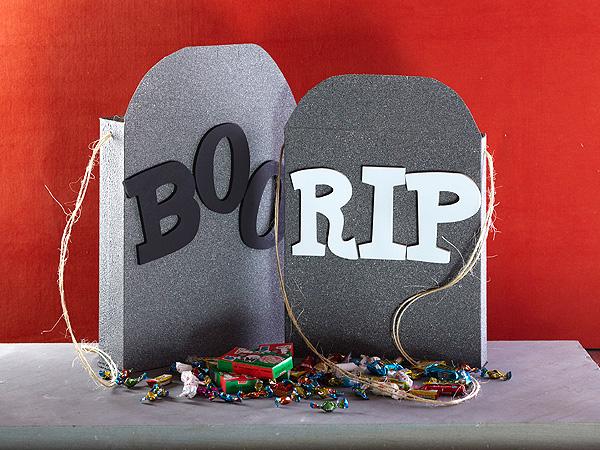 Halloween Craft: Tombstone Treat Boxes