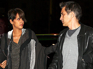 PHOTO: Halle Berry Steps Out After Baby