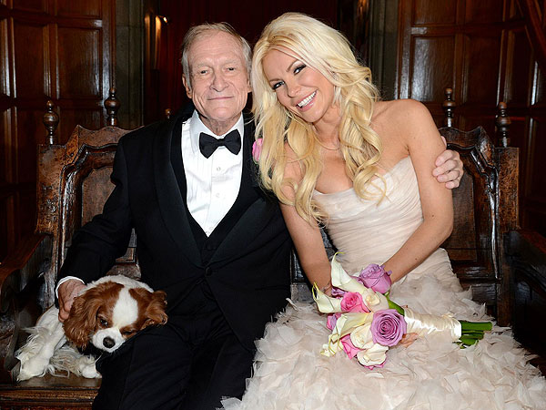 Hugh Hefner Marries Crystal Harris at Playboy Mansion