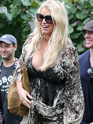 Jessica Simpson Is Creating a New TV Show Based on Her Life