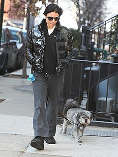 Bethenny Frankel Walks Her Dog After Filing for Divorce | Bethenny Frankel