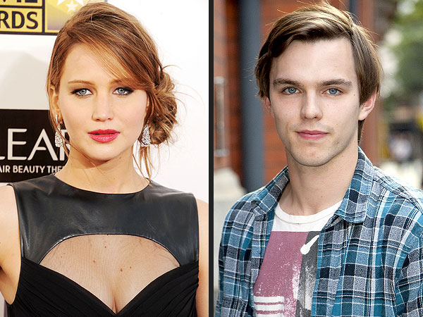 Jennifer Lawrence Splits from Nicholas Hoult, Report