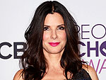 Sandra Bullock Wins Favorite Humanitarian at People&#39;s Choice Awards | Sandra Bullock