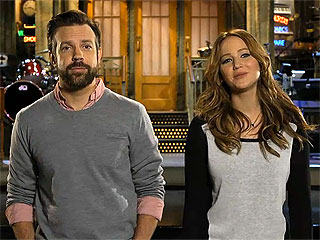 Jennifer Lawrence Shoots an Arrow, Flirts with Jason Sudeikis in SNL Promos | Jason Sudeikis, Jennifer Lawrence