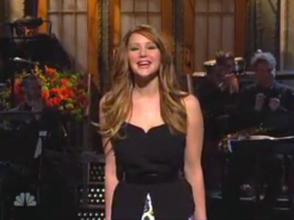 Saturday Night Live: Jennifer Lawrence Laughs at Oscar Rivals